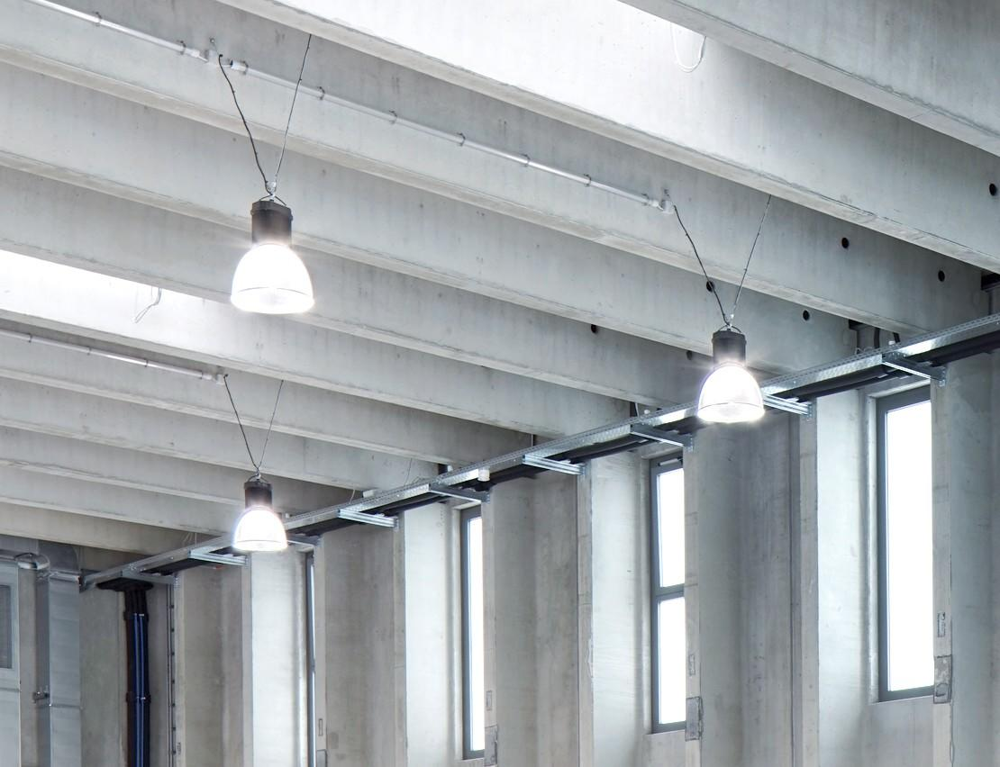 LED-Beleuchtung: Luxstream Industry'